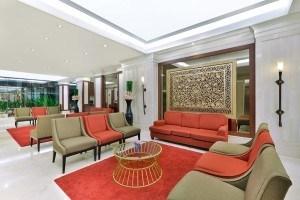 Hotel Lobby (24 hrs) L Floor