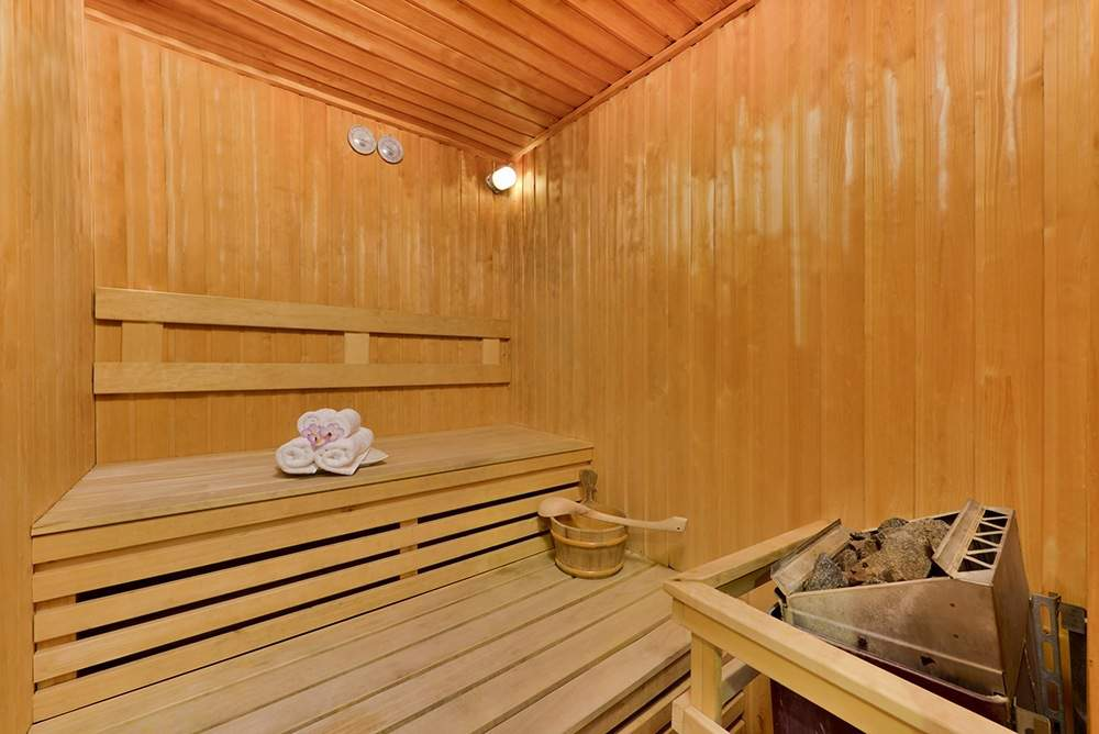 Sauna ( 06.00 -22.00 hrs ) F Floor